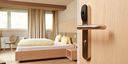 elektronischer Zylinder und digitaler Schließzylinder   Header Hotel Kopie