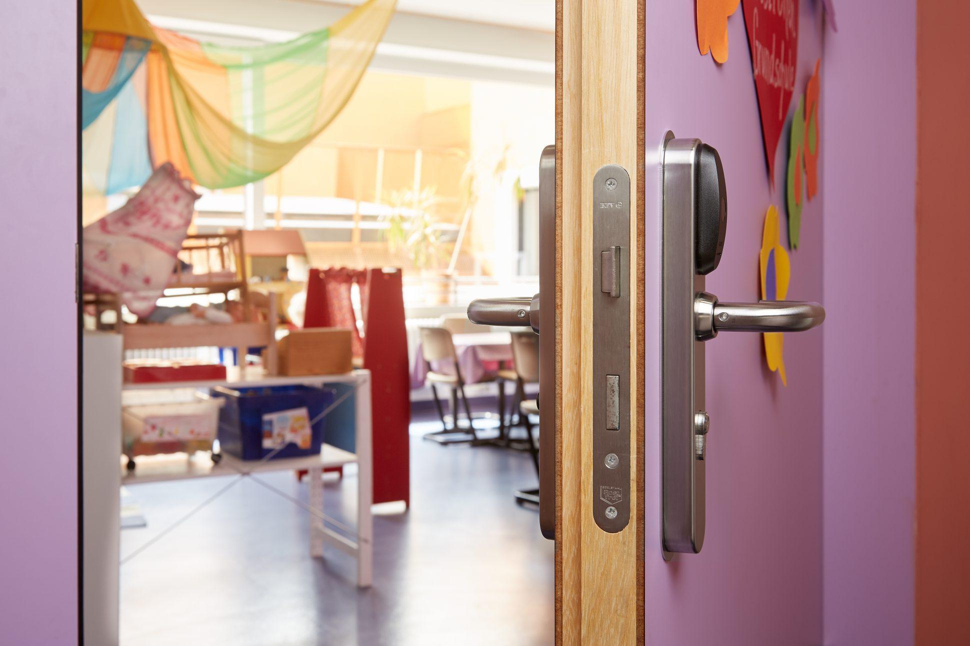 Schulen + Unis - Salto Schule