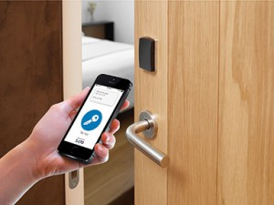 Hotelschließsystem Mobile Key   salto mobile key 300x225